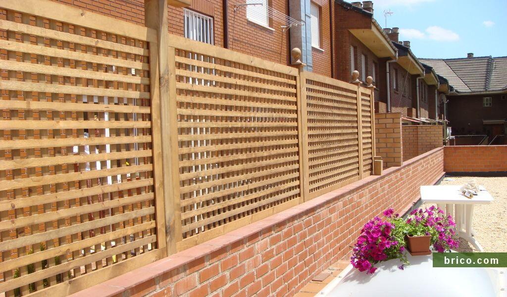 Celosia de madera en terraza