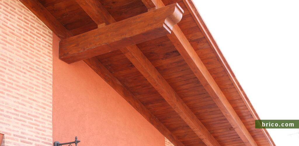 Alero de madera acabado tarima abeto