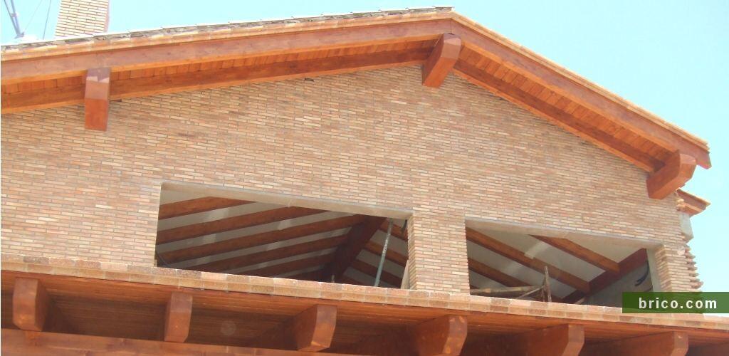 Tejado de madera en obra nueva Thermochip
