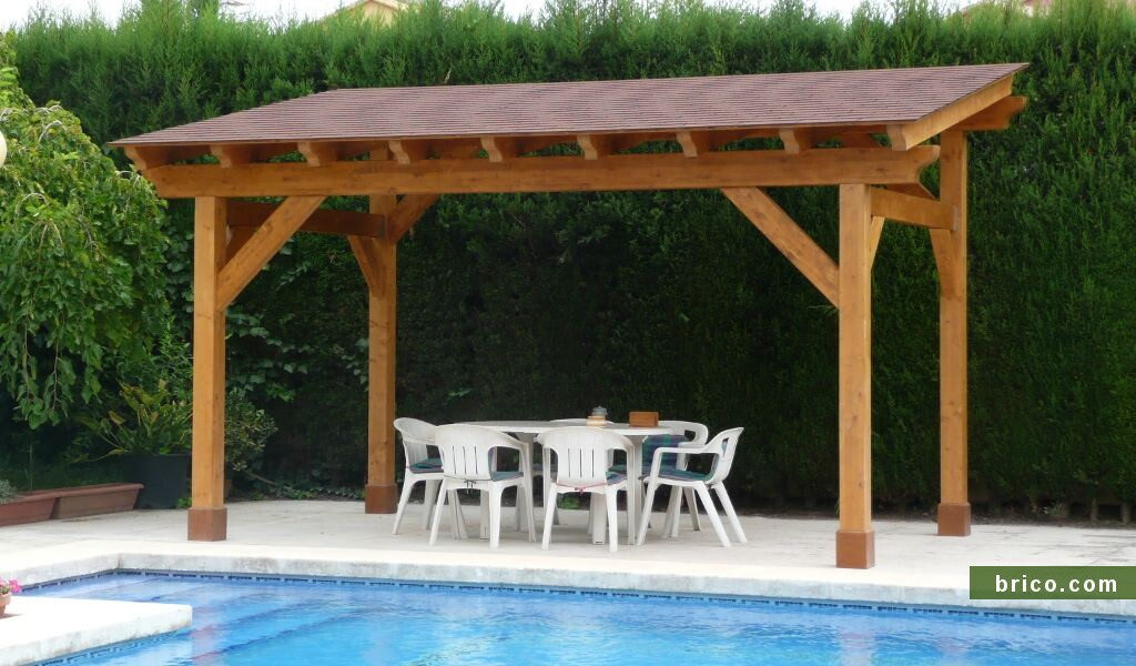 Pergola de madera independiente