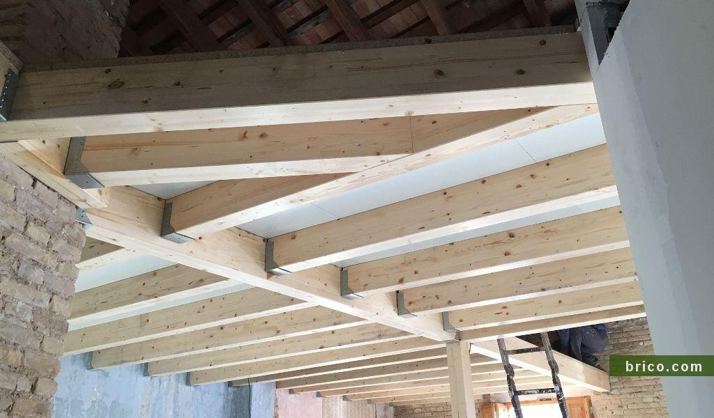 Altillo de madera acabado Superpan P4