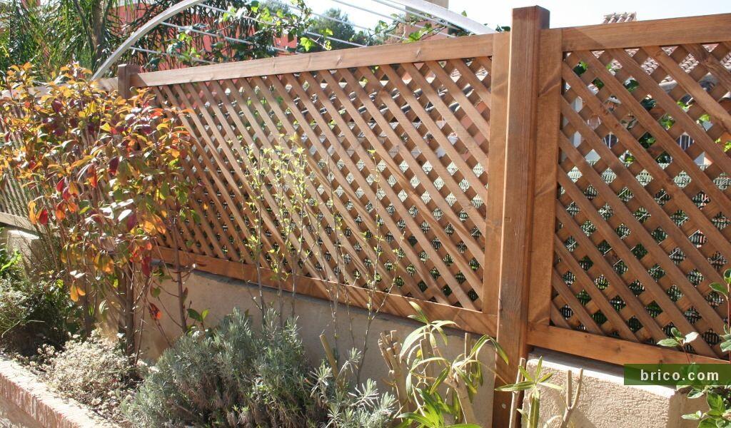 Celosia de madera diagonal