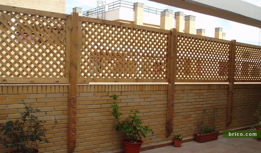Celosia de madera en atico