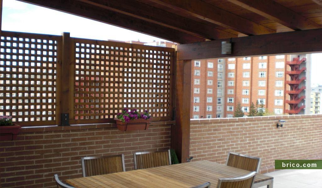 Celosías de madera en ático