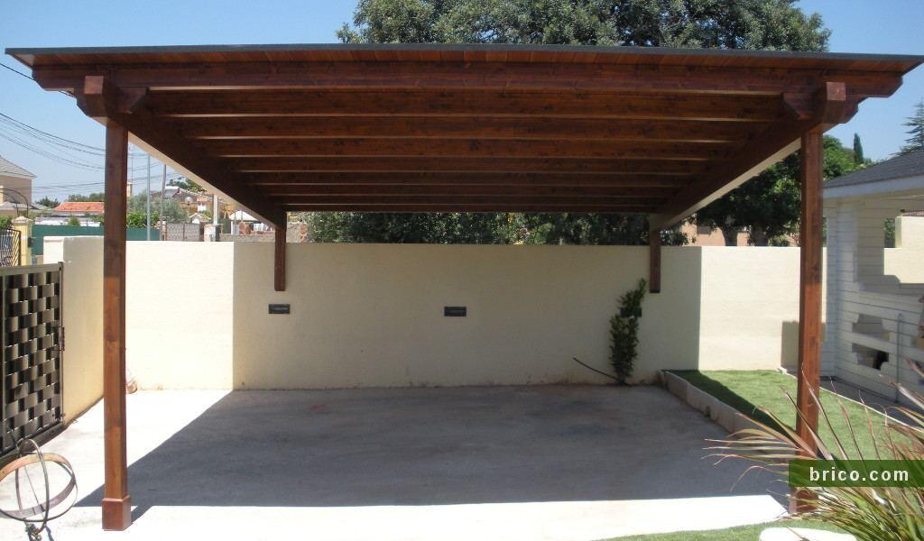 Pergola semiadosada para garaje