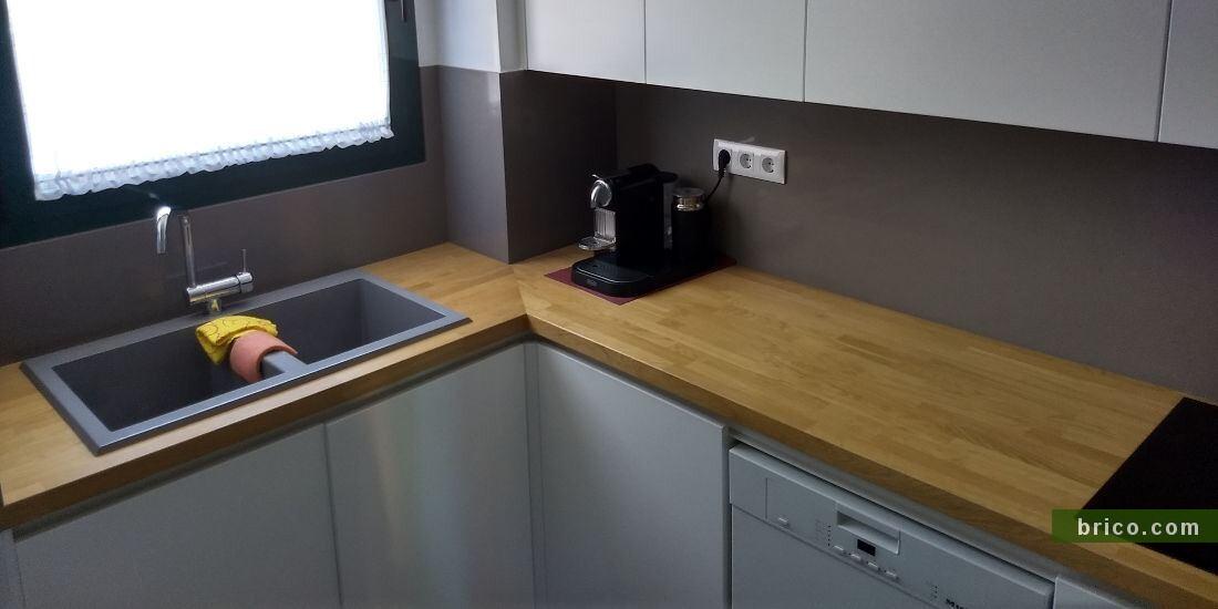 Encimera de madera de roble en cocina