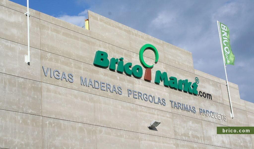 Fachada ventilada Brico Markt